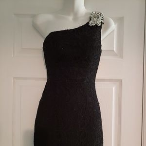 Short black one shoulder dress